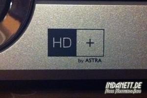 """Logo """"HD+"""" auf SAT-Receiver"""